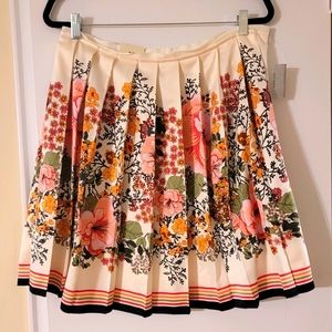 Old Navy Floral Pleated Skirt